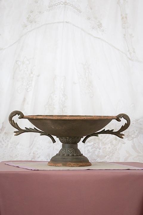 Rustic urn centerpiece